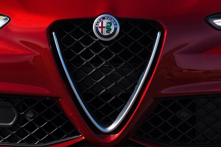Alfa Romeo Giulia Saloon 2.0 T 200PS Lusso Ti 4Dr Auto [Start Stop] detail view