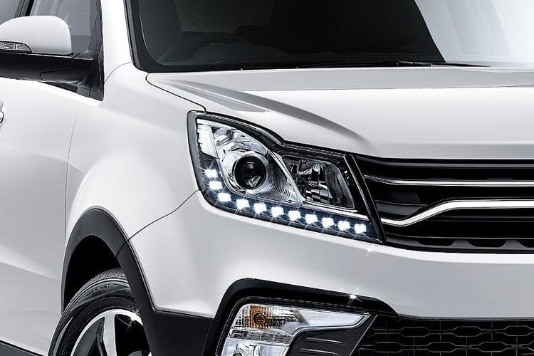 Ssangyong Korando SUV 5Dr 4wd 1.6 D 136PS Pioneer 5Dr Auto detail view