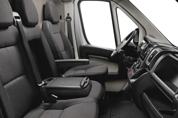 Peugeot Boxer 330 L1 2.2 BlueHDi FWD 120PS Professional Van Manual [Start Stop] inside view