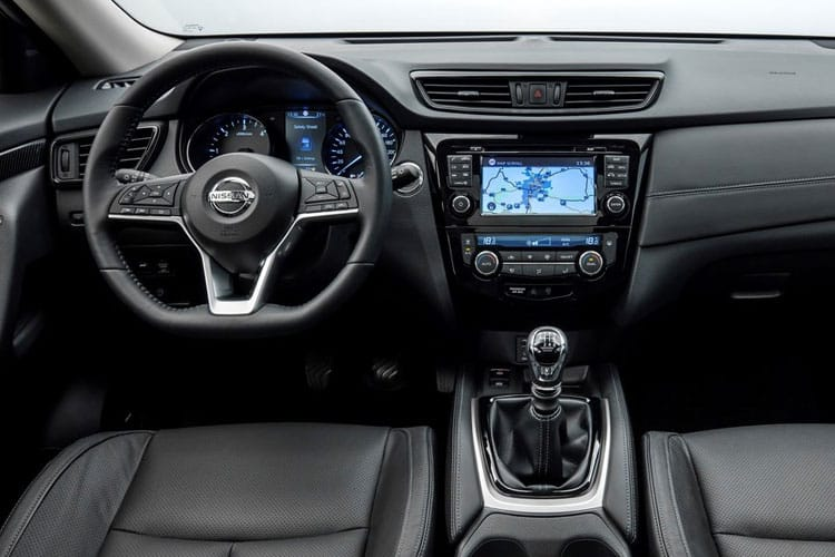 Nissan X-Trail SUV 4wd 1.7 dCi 150PS Tekna 5Dr Manual [Start Stop] [5Seat] inside view