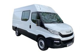 Iveco Daily Crew Van 35C 3520 DRW 2.3 D HPI 14V DRW 136PS Business Crew Van High Roof HiMatic [Start Stop]